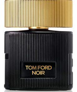 بطری ادوپرفیوم زنانه تام فورد «نوآر پور فم»Ford Noir Pour Femme دوستداشتنی بسیار زیبا و لوکس طراحی شده است. روی بطری، نام Noir Pour Femme را با رنگ طلایی مشاهده میکنید.