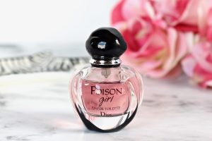 Dior Poison Girl EDT Review 1 1 300x200 - ادو پرفیوم زنانه دیور مدل Poison Girl حجم 100 میلی لیتر