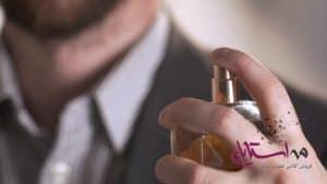 از عطرهای محبوب مردانه می توان به رایحههای چوبی اشاره کرد.