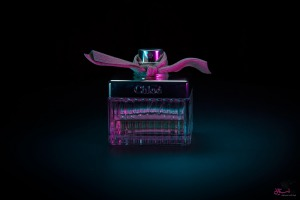 ash 1 300x200 - معرفی برندهای معروف ادکلن و عطر زنانه