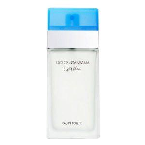 یکی از نتایج همکاری «الیویر کرسپ» با برند ایتالیایی «Dolce And Gabbana» که در زمینه مد و فشن فعالیت میکند، تولید عطر زنانه «Light Blue» در سال 2001 است.