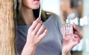 Wearing Perfume During Pregnancy Tipsmom 300x185 - صفحه اصلی