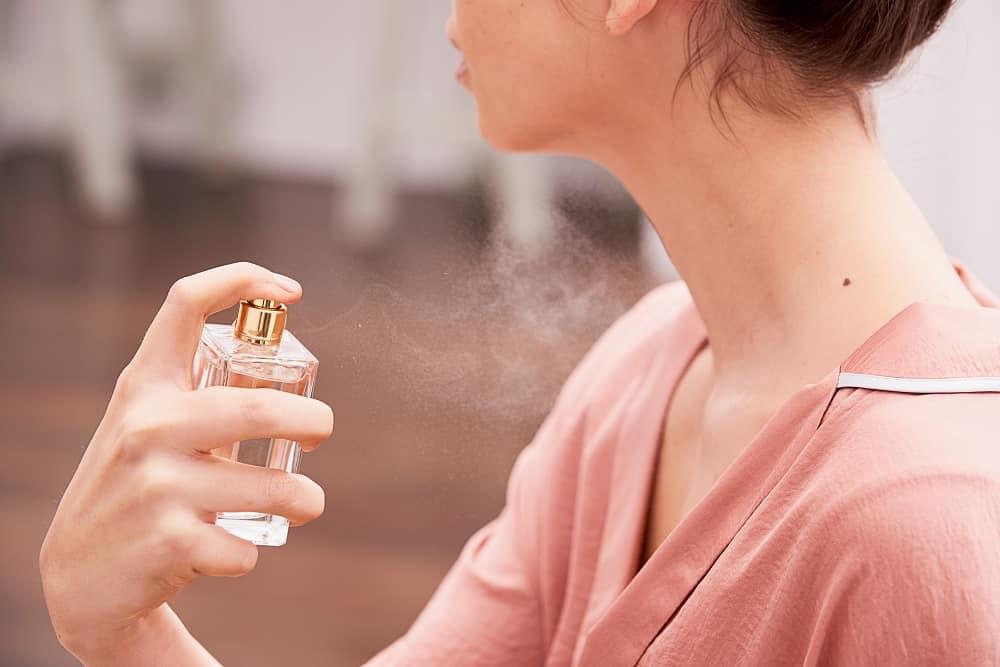 scentshot - حساسیتهای عطری چرا ایجاد میشود؟ چه علائمی دارد؟ چطور درمان میشود؟