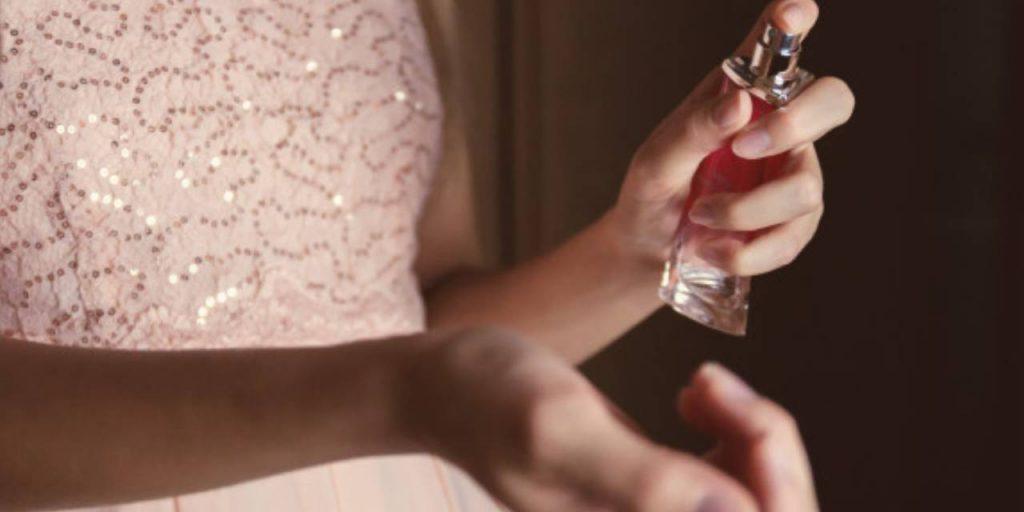 1024x512 - عطرهای زنانهی با کیفیت و ماندگار