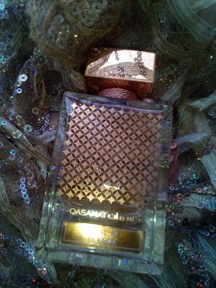 ادو پرفیوم زنانه ی الرصاصی مدل Qasamat – Morhaf حجم 65 میلی لیتر