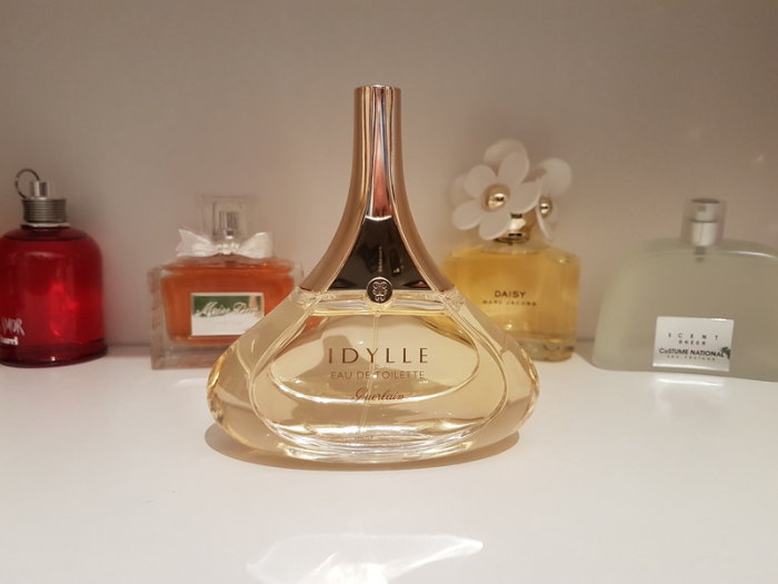 NmM1MzZkMDc3NmFiN2ZlMTBiNGYwNmU0OTE1ZDRkYzB2LlZ1iUotwfIUIpJxNW6uaHR0cDovL21lZGlhLmFkc2ltZy5jb20vOTFmYmFhZWM0MmJkMjBkYzI0YzY1NDMxMzc0NzEwZTQxY2E0ZjlmZGU0N2I3N2I5MzM5NDZhZDExYmFkZDBhNS5qcGd8fHx8fHw - ادو پرفیوم زنانه گرلن مدل آیدل Idylle حجم 100 میلی لیتر