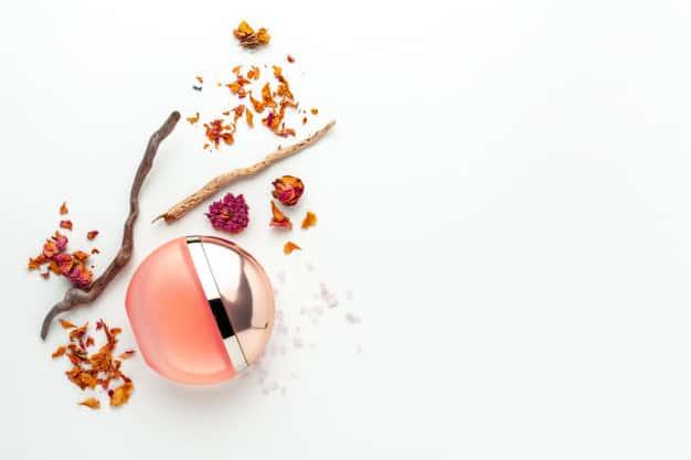 elegant female perfume mehstyle - ساختار عطر به چه صورت است؟